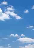 Облака в голубом небе Стоковое Изображение RF