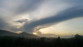 Облака изображения прежде чем оно станет ненастный Стоковая Фотография RF