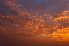 Облака и небо на заходе солнца Стоковые Изображения RF