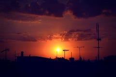 Облака и драматический заход солнца Стоковые Изображения RF