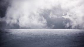 Облака и снег стоковая фотография rf