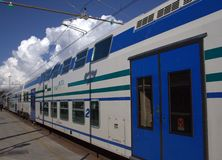 Облака конца поезда стоковое фото