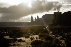 Облака над ландшафтом пустыни Стоковые Фотографии RF