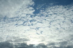 Облака над морем, живая природа северная Стоковое Фото