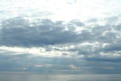 Облака над морем, живая природа северная Стоковая Фотография