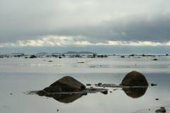 Облака над морем, живая природа северная Стоковое Изображение RF