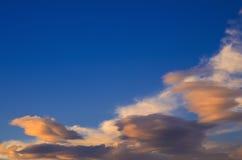 Облака на сумраке Стоковые Фото