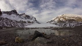 Облака утра на леднике Athabasca сток-видео