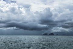 Облака шторма на море Amandan, Таиланде Стоковые Изображения