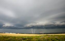 Облака шторма прерии стоковые изображения rf