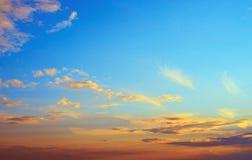 Облака ясности атмосферы неба стоковая фотография