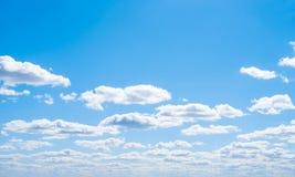 Облака ясности атмосферы неба стоковые фотографии rf