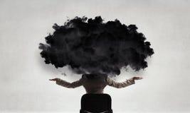Облако возглавило женщину Мультимедиа стоковое изображение