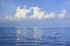 Облако сердца влюбленности дня земли Стоковые Изображения