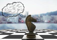 Облако шахматной фигуры и мысли с doodles математики против расплывчатого горизонта Стоковые Фотографии RF