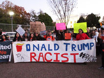 Обличительство расизма против Дональд Трамп Стоковое фото RF