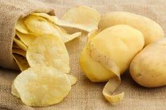 Обломоки и, который слезли картошка стоковые фотографии rf