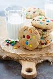 Обломок шоколада и печенье конфеты Стоковые Фотографии RF