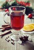Обдумыванное вино с специями Стоковое Фото