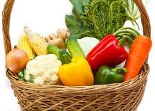 Овощи в корзине. Стоковые Изображения RF