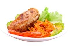 овощи зажаренные в духовке цыпленком стоковая фотография rf