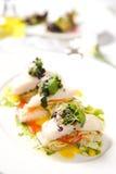 овощи закуски зажаренные в духовке рыбами Стоковое Изображение