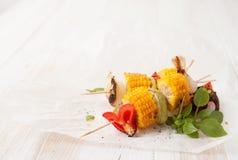 Овощи испеченные барбекю на гриле барбекю стоковые изображения