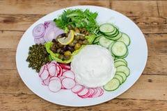 Овощи и блюдо сыров Стоковые Изображения RF