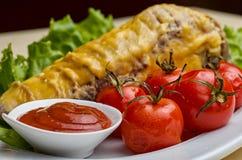 Овощи и груша заполняя с салатом редиски Стоковые Фотографии RF