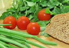 Овощи и хлеб Стоковое Фото