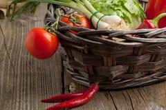 овощи корзины свежие Стоковые Фото