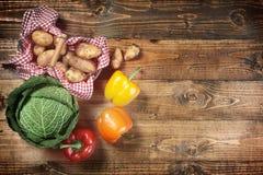 Овощи на древесине Стоковые Фотографии RF