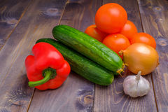Овощи на деревянной предпосылке Стоковая Фотография RF