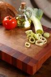 Овощи на прерывая доске Стоковые Изображения RF