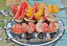 Овощи на протыкальниках 11 стоковая фотография rf
