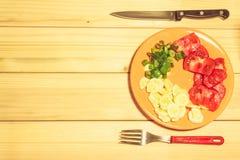 Овощи на плите Стоковые Изображения