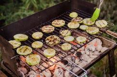 Овощи на решетке Овощи дегустации с соусом барбекю Стоковая Фотография RF
