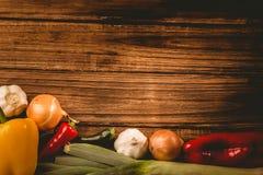 Овощи положенные вне на таблицу Стоковое Фото