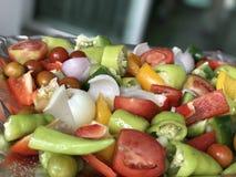 овощи свежего сада предпосылки смешанные белые Стоковая Фотография