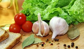 Овощи, специи и хлеб Стоковые Изображения
