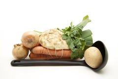 овощи супа уполовника Стоковая Фотография