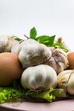 Овощи с яичками в шаре  Стоковые Фотографии RF