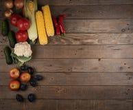 Овощи: луки, перцы, капуста, томаты, мозоль Стоковая Фотография RF