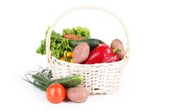 Овощ в корзине изолированной на белизне Стоковое Фото