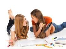 2 довольно молодых девушки студента Стоковые Фото