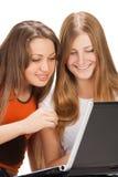 2 довольно молодых девушки студента Стоковые Фотографии RF