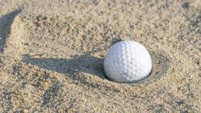ловушка песка гольфа шарика Стоковые Фото