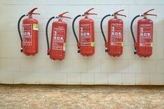 Огнетушители на стене Стоковые Фото