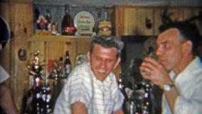 Огниво, Мичиган 1967: Первоначально частные семья и друзья подвала пристанища влажного бара Стоковые Изображения RF