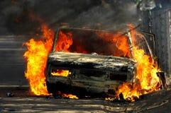 Огонь автомобиля стоковые изображения